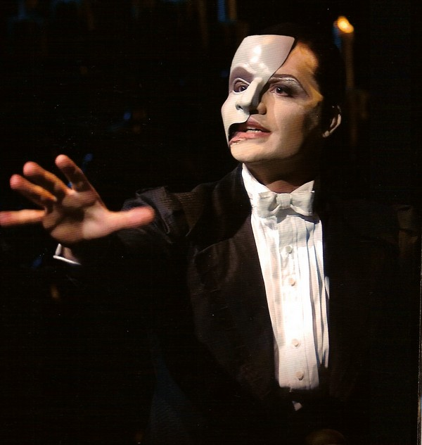 Ramin Karimloo dans The Music of the Night
