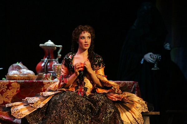 Sierra Boggess dans The Point of no return