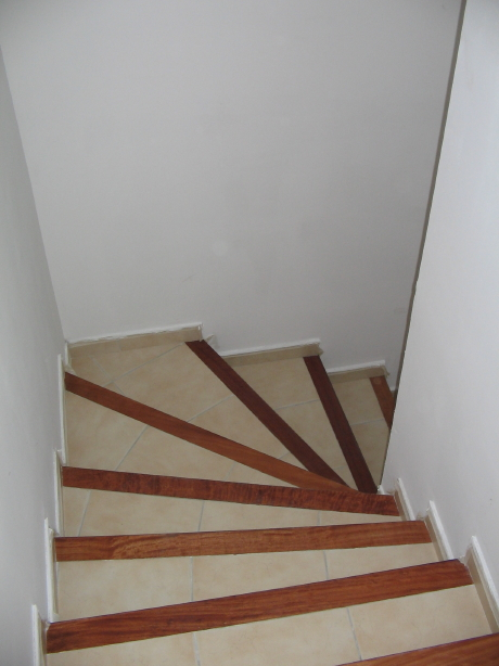 entree et montee escalier palier 1er etage forum ce With couleur pour cage d escalier 9 entree et montee escalier palier 1er etage forum ce