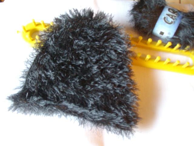 trois p 39 tits bonnets passion broderie. Black Bedroom Furniture Sets. Home Design Ideas
