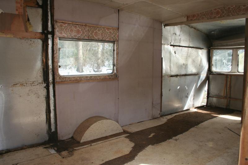 restauration dune caravane type mobil home theillay 650 loft vintage page 2. Black Bedroom Furniture Sets. Home Design Ideas