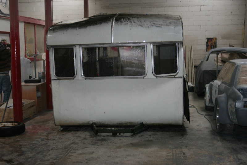 restauration dune caravane type mobil home theillay 650 loft vintage page 3. Black Bedroom Furniture Sets. Home Design Ideas