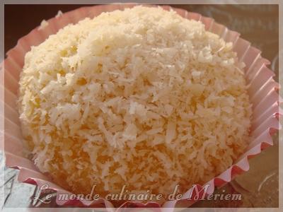 Gateau noix de coco boule