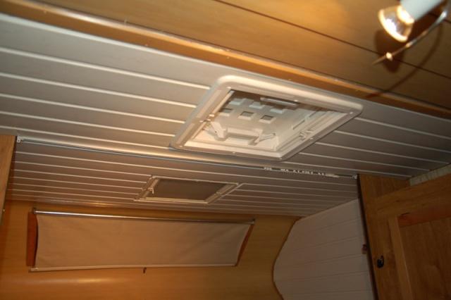 Enfin de retour sur le fofo for Pose lambris pvc sous avant toit