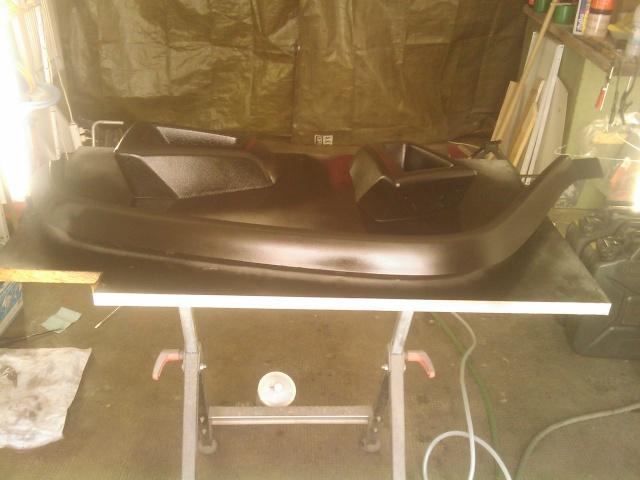 restauration des plastiques et pare chocs sur un hummer h2. Black Bedroom Furniture Sets. Home Design Ideas