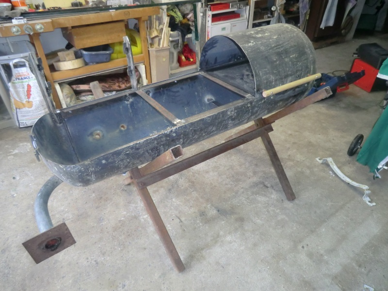 barbecue asociatif. Black Bedroom Furniture Sets. Home Design Ideas