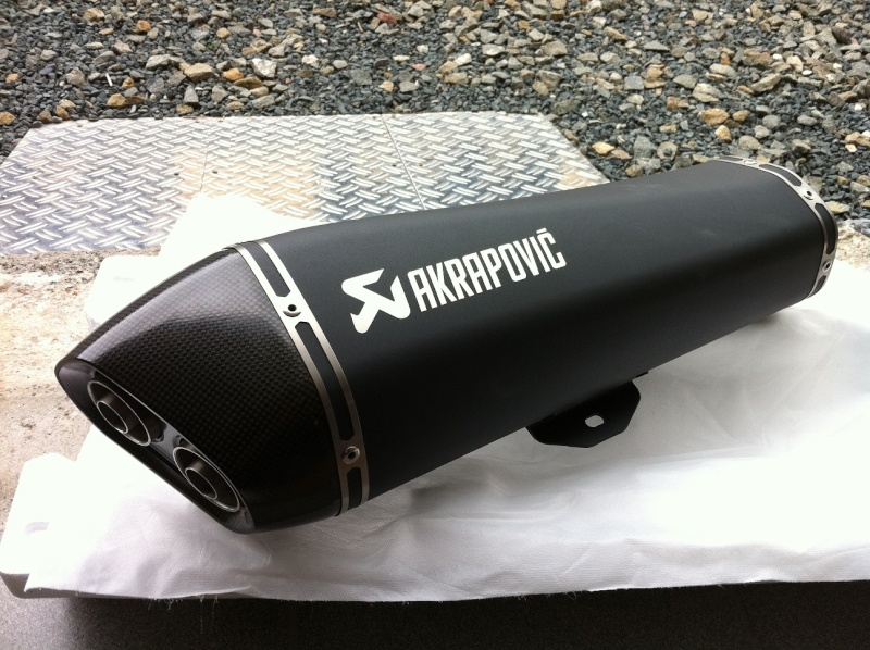 nouvel akrapovic pour nos scooters 3 roues page 2